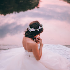 Wedding photographer Elvira Raychuk (ElkaRay). Photo of 23.01.2015