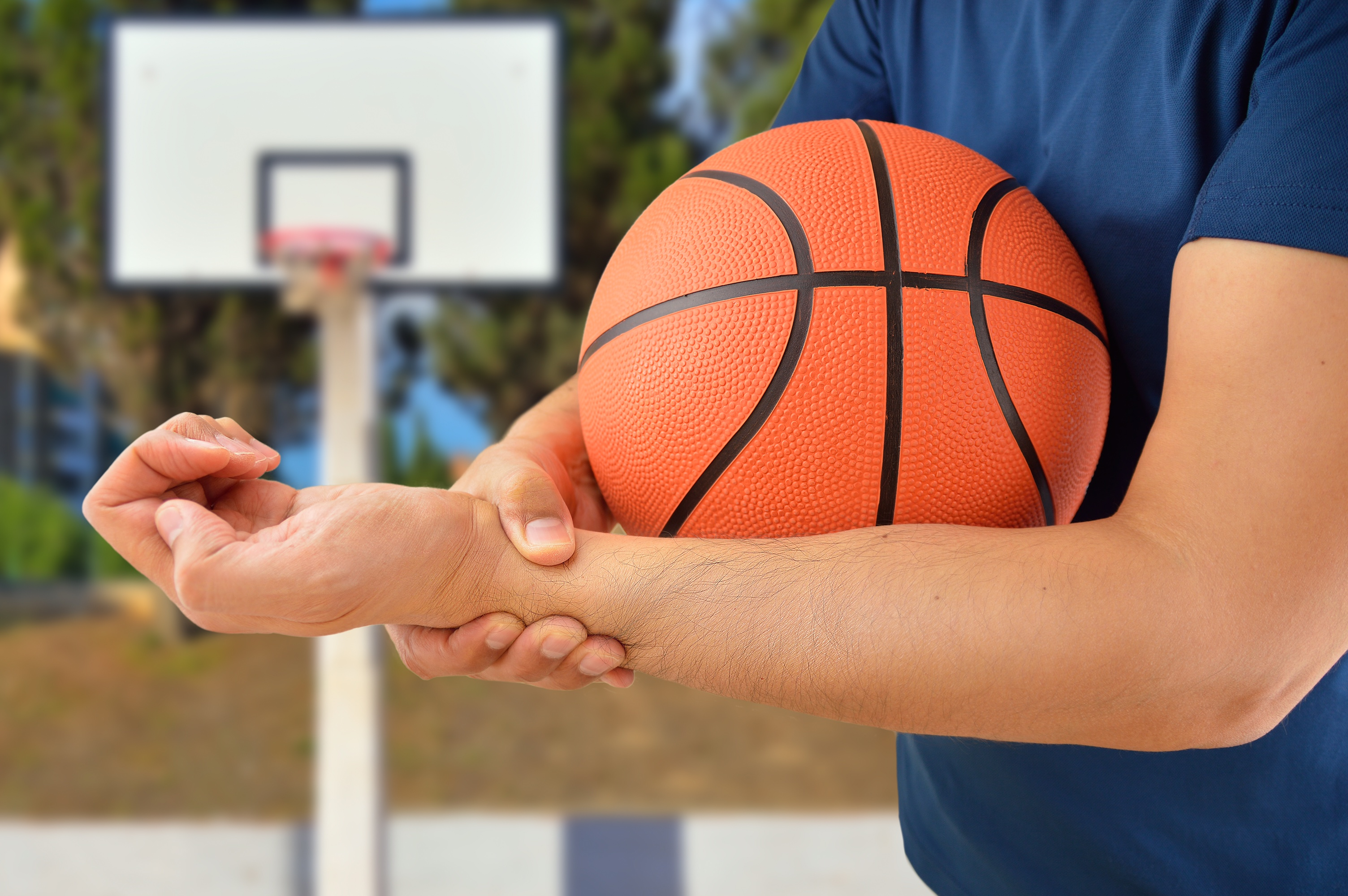 Basketball player with wrist pain