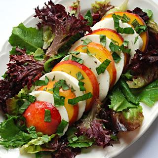 Caprese Salad With Greens Recipes