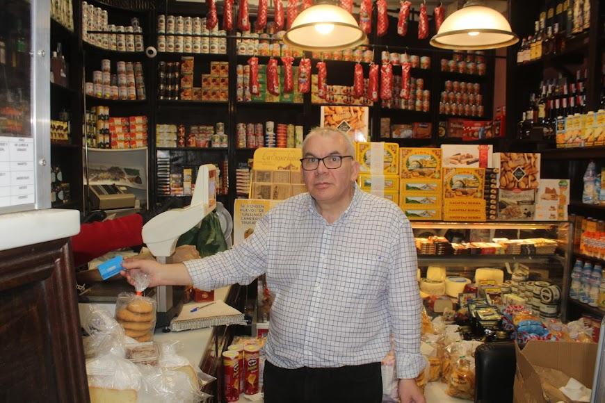 El propietario de la tienda San Francisco de calle Castelar.