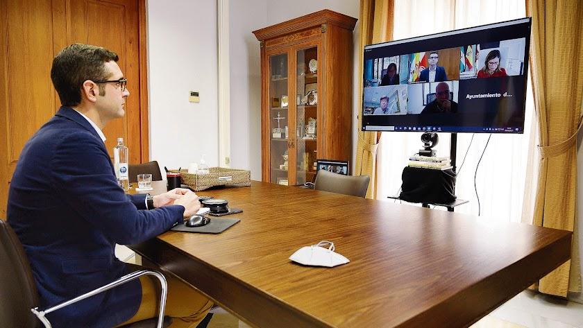 Reunión telemática entre Costas y Ayuntamiento