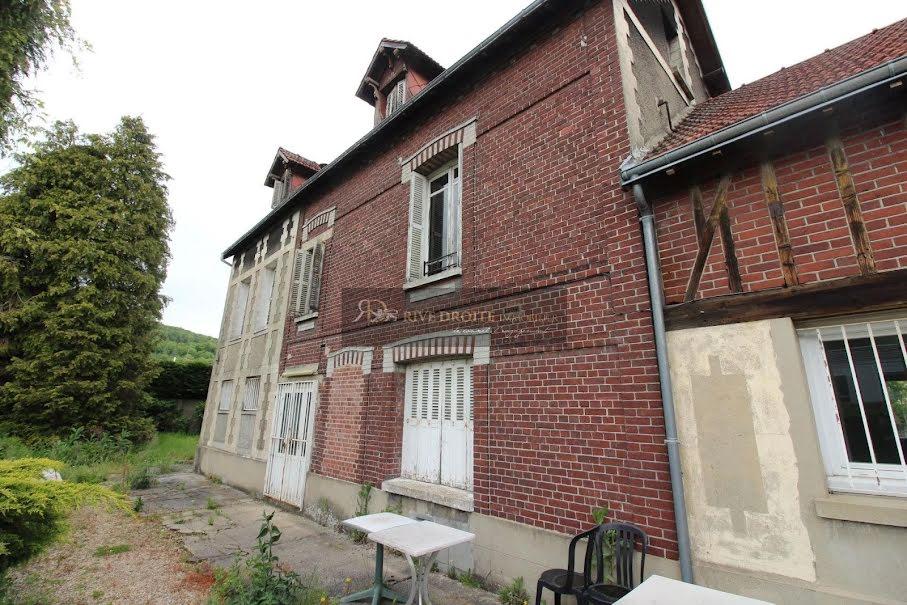 Vente locaux professionnels 10 pièces 350 m² à Deville-les-rouen (76250), 370 000 €