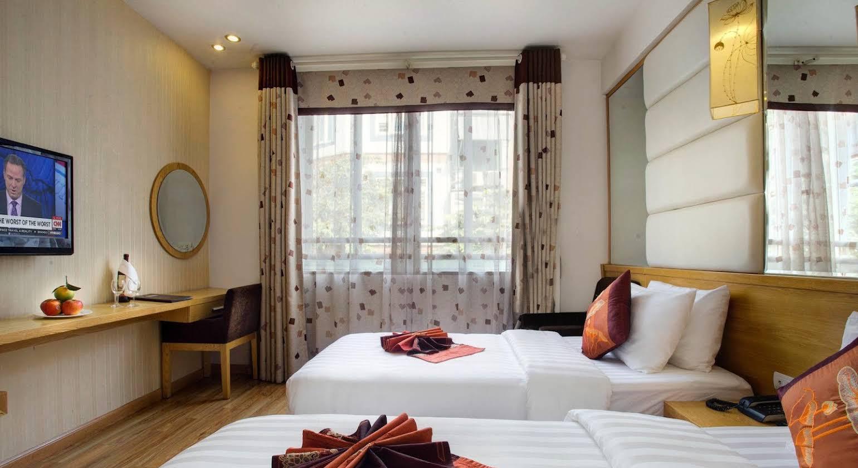 Tu Linh Palace Hotel