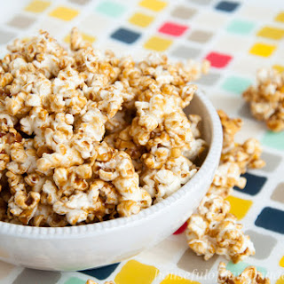 Chewy Gingerbread Caramel Popcorn