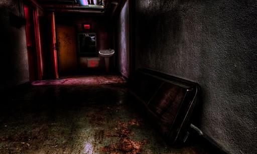 地下細胞からの脱出