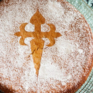 Tarta De Santiago {Spanish Almond Cake} Recipe
