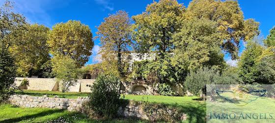 Vente maison 20 pièces 800 m2
