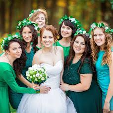 Wedding photographer Ekaterina Sokolova (Ekaterina57). Photo of 18.12.2015
