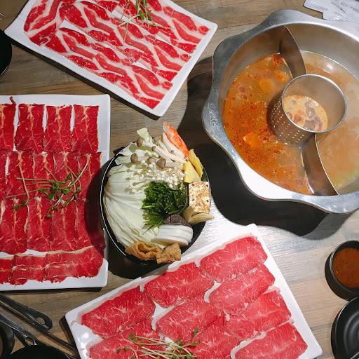 整餐都在肚子痛所以吃得不多 肉質跟菜盤都還不錯