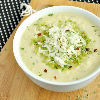 Cheesy Cauliflower Soup with Asparagus Pesto