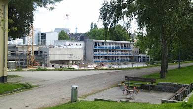 Photo: Der Standort des ehemaligen Willy-Weyer-Hallenbades (gestiftet von der Sparkasse der Stadt Hagen) - inzwischen Caritas-Baustelle.