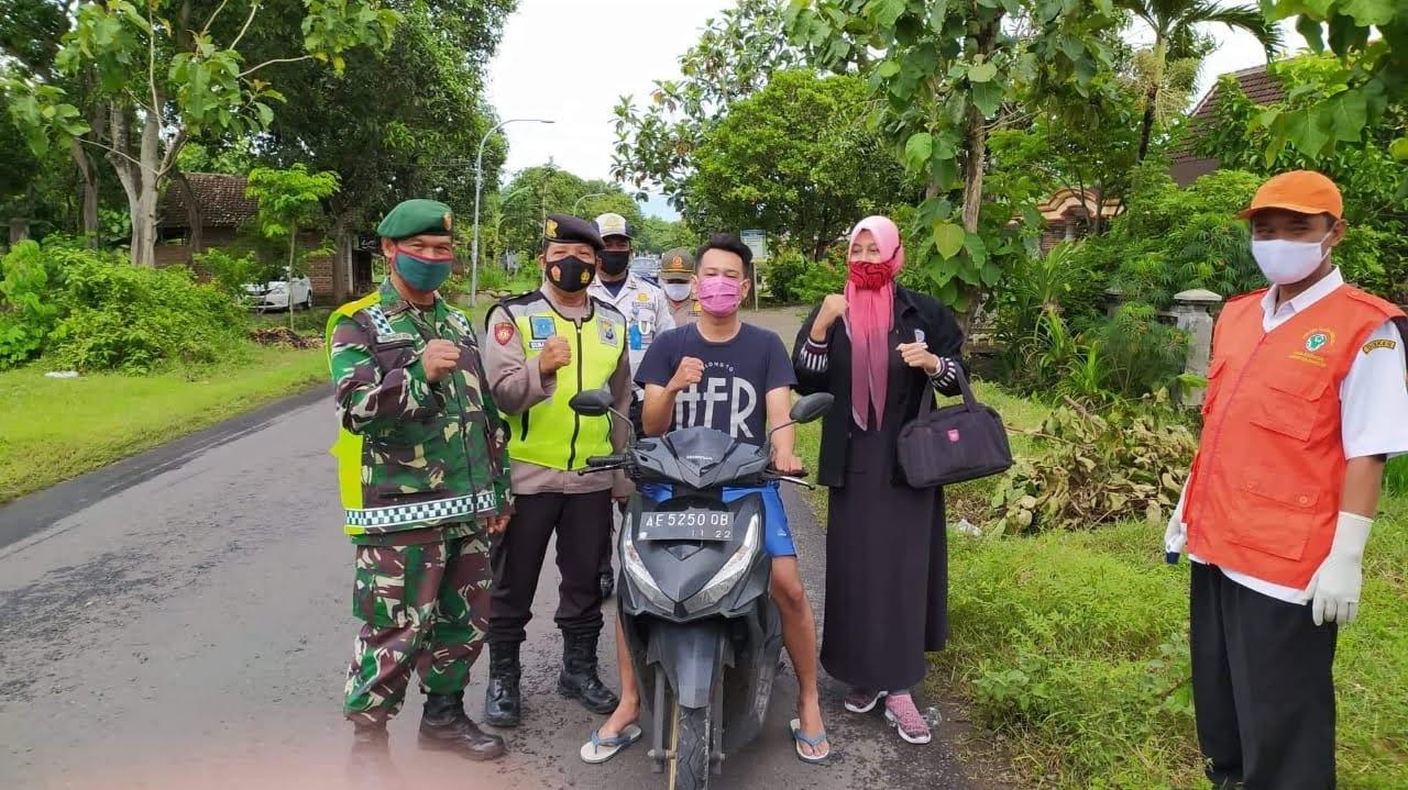 Mahasiswa UMPO Lakukan KKN Mandiri di Desa Tunggur