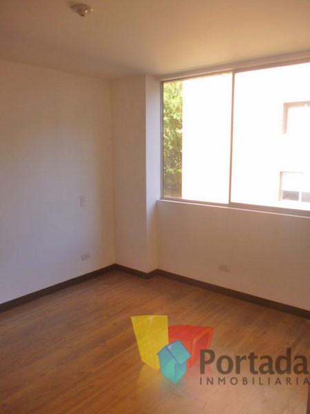 apartamento en arriendo el chocho 679-5124