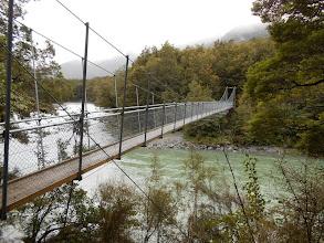 Photo: Y para llegar había que cruzar este puentecito