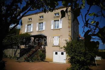 Maison 10 pièces 282 m2