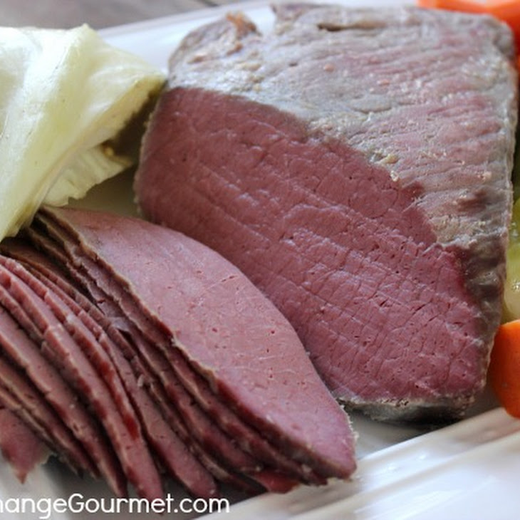 Classic Slow Cooker Corned Beef and Cabbage