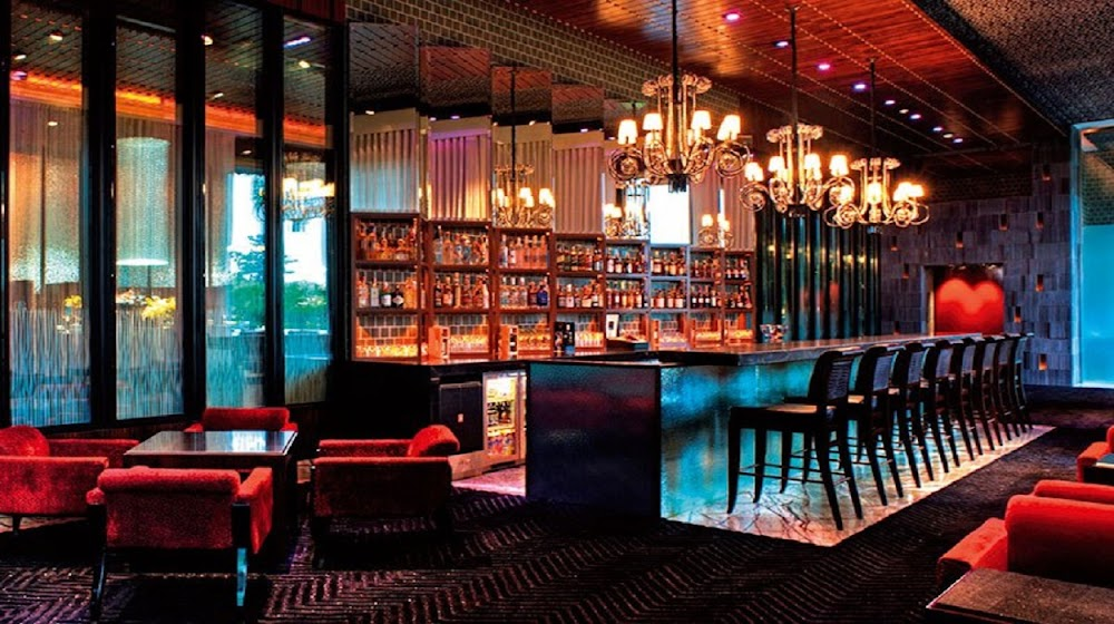 places-with-no-cover-charge-gurgaon_molecule_bar
