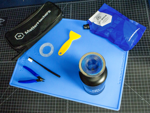 Take the guesswork out of what you need to succeed in SLA printing with MatterHackers' Essential Resin 3D Printing Accessories Bundle.