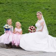Wedding photographer Viktor Ryzhov (ViBOSS). Photo of 01.02.2015