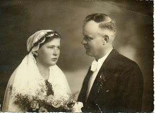 Photo: Siostra H. Mullera w dniu ślubu. Po ślubie nosiła nazwisko Wittek.