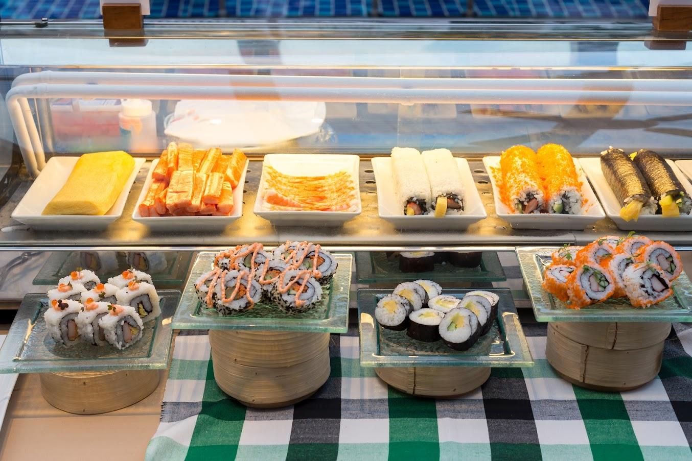 寿司 プーケット ナイトマーケット ビュッフェ@グランドメルキュール パトン