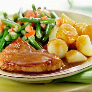 Hamlapjes Met Knoflook, Vleesjus En Sperzieboontjes