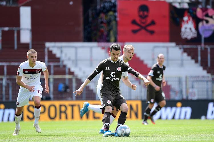 """📷 La direction d'un club allemand affiche une banderole : """"Sans vous, le foot n'est rien"""""""