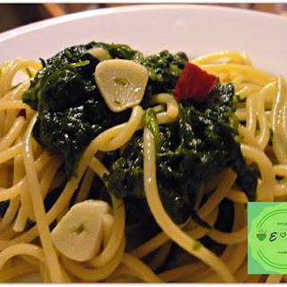 Spaghetti with Spinach Sauté Recipe