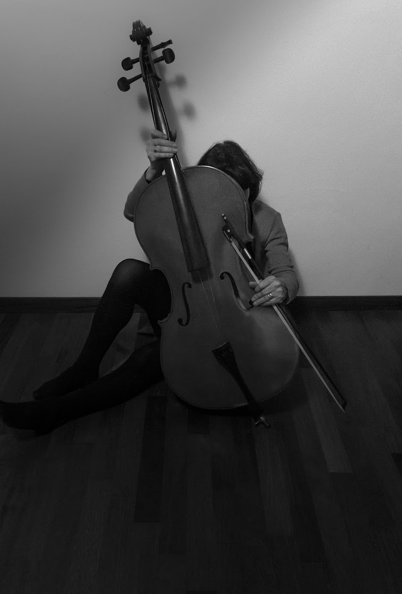 Neanche la musica mi può aiutare.... di lucianalu