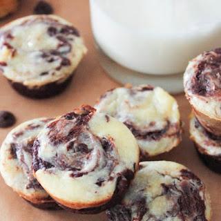 Chocolate Chip Cheesecake-Swirl Brownie Bites
