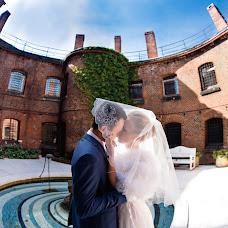 Wedding photographer Sasha Siyan (RedPion). Photo of 09.04.2018