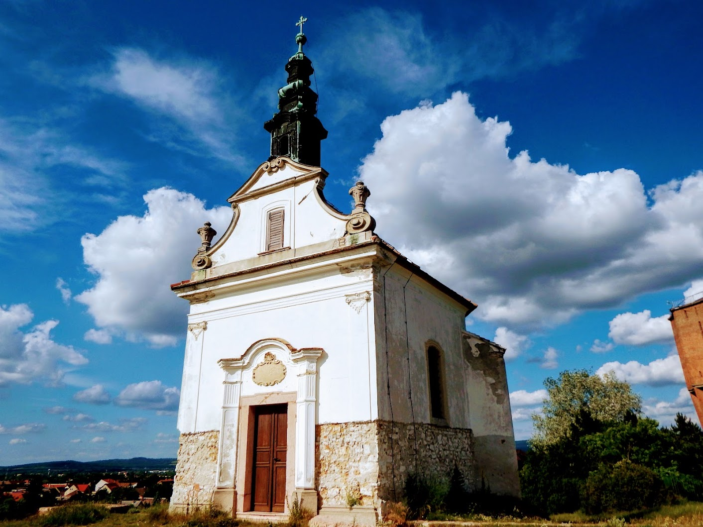 Tata - Keresztelő Szent János kálvária-kápolna
