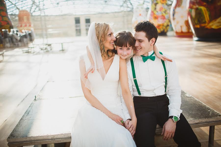 Wedding photographer Слава Семенов (ctapocta). Photo of 08.03.2013