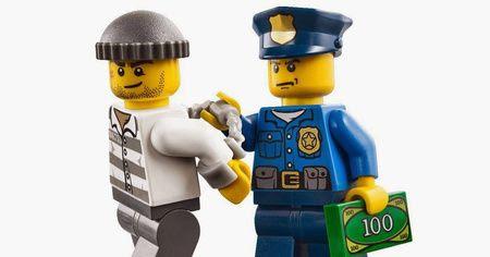 policia-detenidos-estafa-moviles.jpg