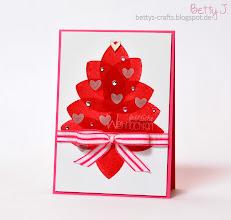 Photo: http://bettys-crafts.blogspot.com/2014/12/frohliche-weihnachten-die-dritte.html
