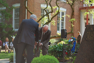 Photo: Laying of the wreaths at the Reagan Memorial 2013, Eureka College