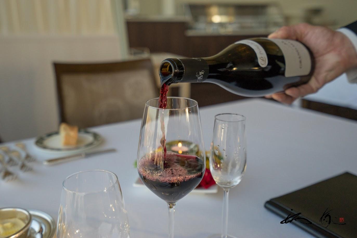赤ワインは、グラン・マレノンルージュ(フランス)