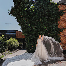 Wedding photographer Bayram Nuraliev (fashionable05). Photo of 30.11.2018