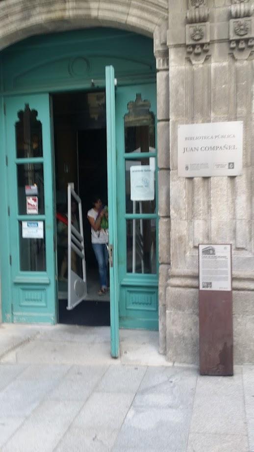 Foto Biblioteca Pública de Vigo Juan Compañel 4