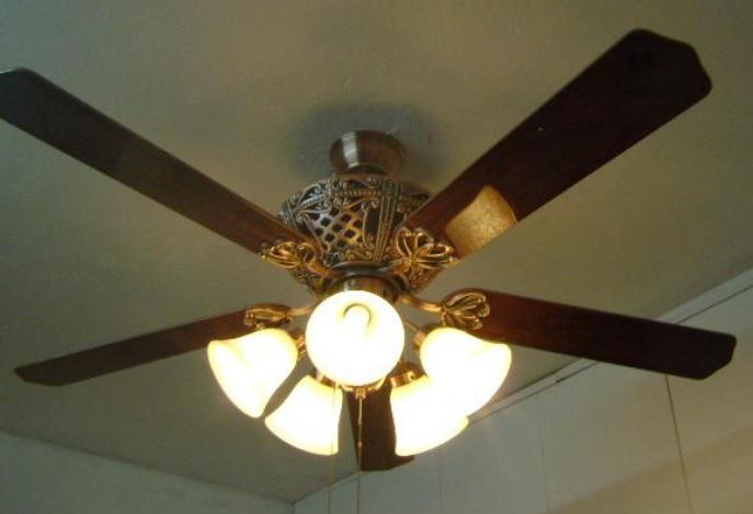 Kết quả hình ảnh cho quạt trần có đèn