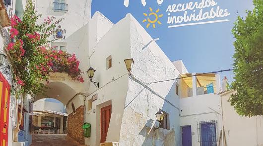 Guías, mapas y vídeos para atraer turistas este verano