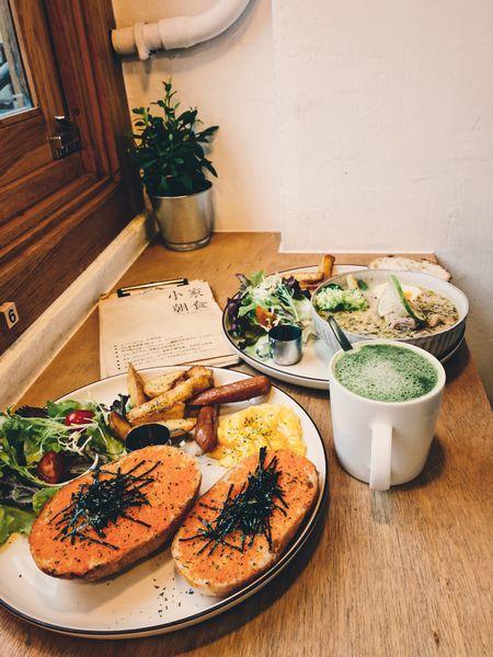 小家朝食HomeyBrunch&Cafe-陽光灑落老宅。享受特色早午餐及限量甜點。