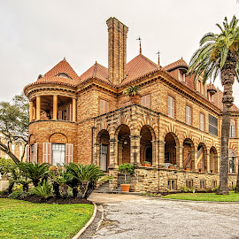 Moody Mansion by Richard Michael Lingo - Buildings & Architecture Homes ( buildings, texas, galveston, architecture, home )