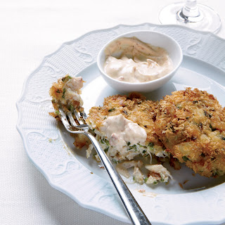 Crisp Crab Cakes with Chipotle Mayonnaise.