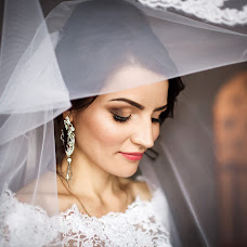 Wedding photographer Irina Mikhnova (irynamikhnova). Photo of 06.02.2018