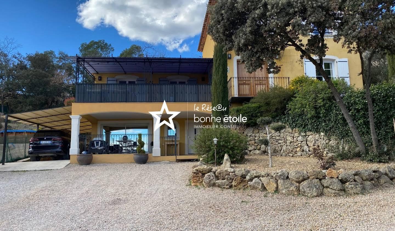 Villa avec piscine et terrasse Carces