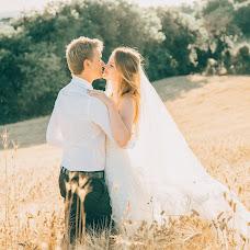 Wedding photographer Natalia Reznichenko (natalchuks). Photo of 03.03.2018