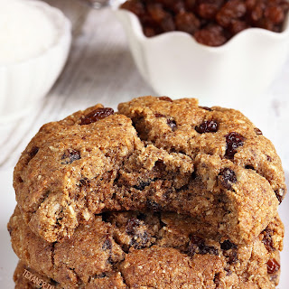 "Paleo ""Oatmeal"" Cookies (vegan option, grain-free, gluten-free, dairy-free)."