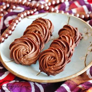 Chocolate Danish Butter Cookies 巧克力牛油曲奇.