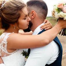 Wedding photographer Evgeniy Linev (Onreal). Photo of 27.08.2017